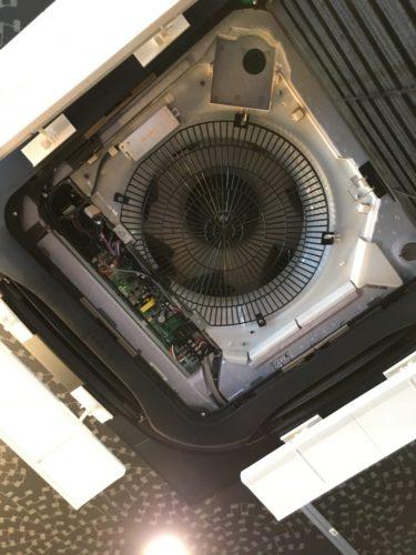 エアコン 修理 交換 ガス 補充